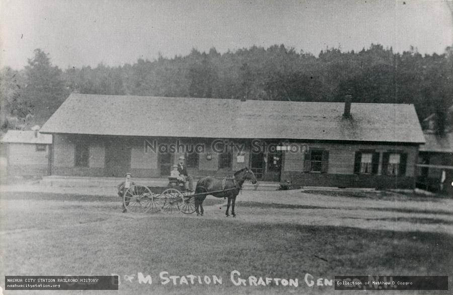 Postcard: Old Boston & Maine Station, Grafton Center, N.H.